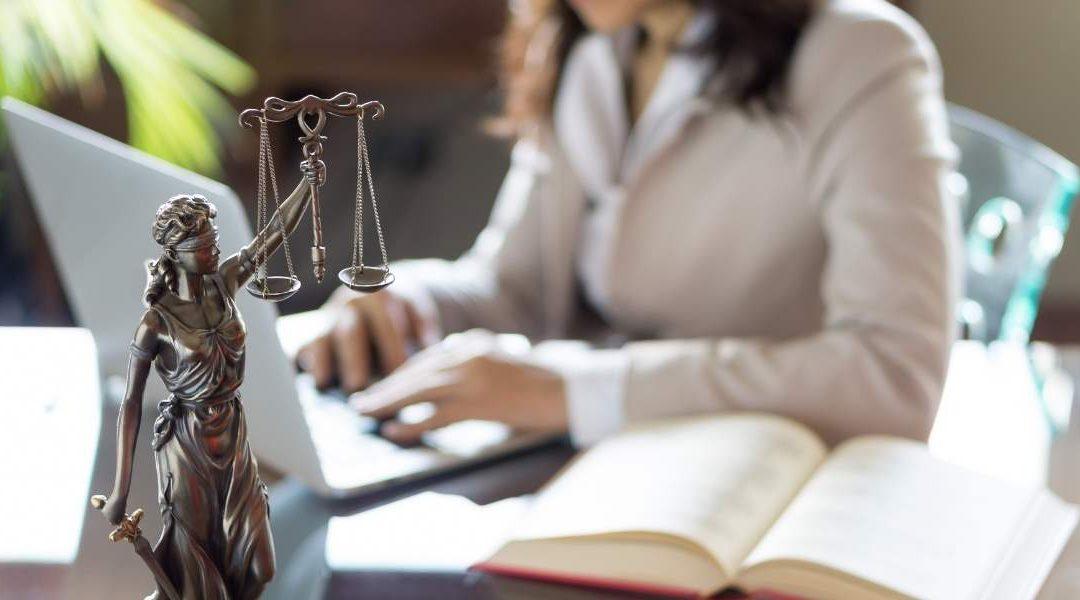 Unterschied zwischen Dienstunfähigkeitsversicherung und Berufsunfähigkeitsversicherung